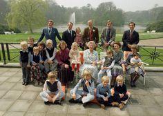 The full dutch royal family in the Dutch Princess, Princess Estelle, Princess Margaret, Princess Charlotte, Princess Of Wales, Royal Dutch, Royal Video, Dutch Royalty, Royal Babies