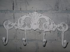 Shabby Chic White Metal Wall Hook Coat Rack by Theshabbyshak Shabby Chic Hooks, Shabby Chic Towels, Shabby Chic Kitchen, Vintage Shabby Chic, Shabby Chic Decor, Vintage Hooks, Vintage Paris, Rustic Wall Hooks, Beachy Room