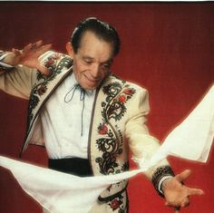 Tony Slydini - 10-1-01, Foggia, Italy – 01-15-91 Inducted into the Society of American Magicians Hall of Fame as a Living Legend