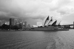 Vola würdigt Designer Jørn Utzon Sydney, Jorn Utzon, Opera House, Building, Travel, Design, Contemporary Architecture, Environment, Majorca