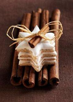 Star cookies and cinnamon sticks!