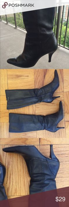 ARTURO CHIANG LUCIENA Leather zip up boots 5.5 ARTURO CHIANGE LUCIENA genuine Leather  zip up boots. Size 5.5 show some wear. Creased upper. Worn heels. amazing quality boots with lots of life left. Arturo Chiang Shoes Heeled Boots