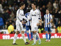 Real Madrid blamierte sich beim 2:2 gegen den Abstiegskandidaten Espanyol Barcelona. (Foto: Juan Carlos Hidalgo/dpa)