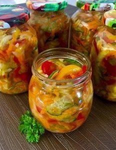 Surówka wielowarzywna Gluten Free Recipes, Healthy Recipes, Food Porn, Polish Recipes, Diy Food, Beets, Fresh Rolls, Guacamole, Cravings