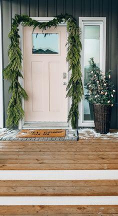 Hygge Christmas, Christmas Porch, Modern Christmas, Xmas, Christmas Lights, Scandinavian Holidays, Scandinavian Christmas Decorations, Office Christmas Decorations, Holiday Decor