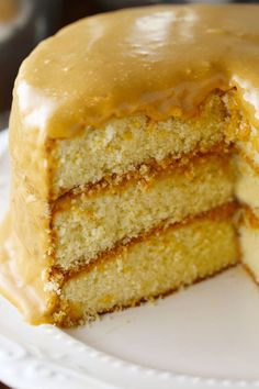 Fashioned Southern Burned Caramel Cake Old Fashioned Southern Caramel CakeSouthern The name Southern may refer to: Caramel Cake Icing, Butterscotch Cake, Caramel Buttercream, Vanilla Cake, Köstliche Desserts, Delicious Desserts, Dessert Recipes, Food Cakes, Cupcake Cakes