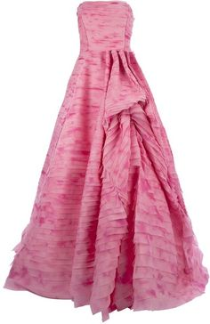 pretty in pink :)  OSCAR DE LA RENTA Strapless Gown