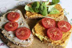 Bei Johanna gab es dreierlei Brot mit selbstgeamchten Aufstrich und Gemüse - ich persönlich finde diese Farben ja zum Anbeißen!