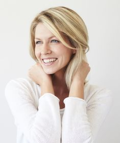 Cosmetic dentistry offers many options for people who are unhappy with their smile. Brunette Color, Brunette To Blonde, John Frieda Brilliant Brunette, Cosmetic Dentistry, White Teeth, Tinted Moisturizer, Flat Belly, Teeth Whitening