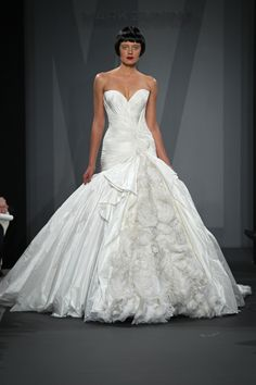 Most romantic wedding gowns 2014 | The Best Gowns from The Most In-Demand Wedding Dress Designers Part 6