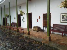 FINCA CAFETERA ALPUJARRA TOLIMA COLOMBIA Ladder Decor, Home Decor, Haciendas, Colombia, Houses, Homemade Home Decor, Decoration Home, Interior Decorating