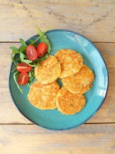 Voor deze Wednesday Challenge heb ik deze rösti koekjes gemaakt! Ze zijn super tasty en super makkelijk om te maken. Heerlijk om te eten op een koolhydraatarm broodje, of gewoon als een hart…