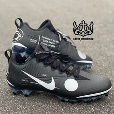 Mens Football Cleats, Nike Cleats, Baby Mittens, Custom Sneakers, White Style, Behind The Scenes, Pairs, Lace, Free Shipping