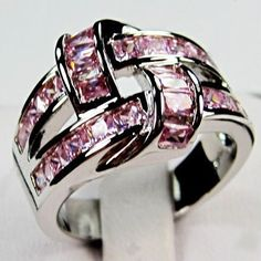 '10K WGF Created Pink Sapphire Ring-Sz. 8' is going up for auction around 8pm EST Mon, Mar 4 with a starting bid of $7.  @Tophatter