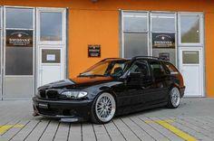 BMW E46 3 series Touring black
