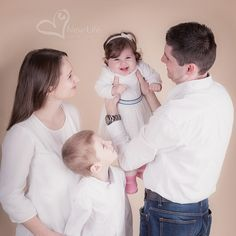 S?ance Photo Famille de Ksenia New Life, Photo New, Babys, Couple Photos, Couples, Face, International Family Day, Photo Shoot, Baby Born
