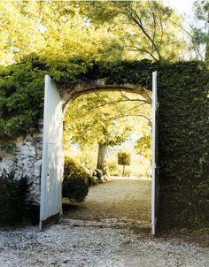 Pasa al jardín...