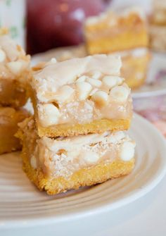 White Chocolate Vanilla Marshmallow Cake Bars Recipe