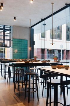 Tile layout on Wall Hutong group opens East restaurant in Melbourne - Vogue Living Small Restaurant Design, East Restaurant, Restaurant Concept, Chinese Restaurant, Chang Restaurant, Bar Design Awards, Interior Design Awards, Interior Design Inspiration, Design Café