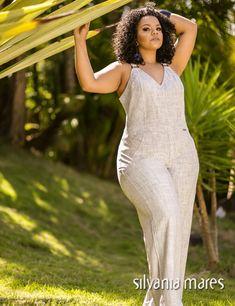 Ideas style feminino gordinha for 2019 Classic Work Outfits, Stylish Outfits, Trendy Plus Size Fashion, Curvy Fashion, Street Casual Men, Bridal Jumpsuit, Leiden, Looks Plus Size, Plus Size Kleidung