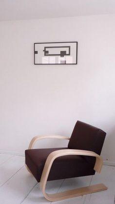 Armchair No 400 designed by Alvar Aalto :: 1936