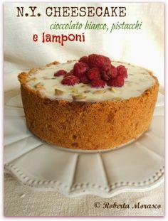 N.Y. Cheesecake al cioccolato bianco, pistacchi e lamponi