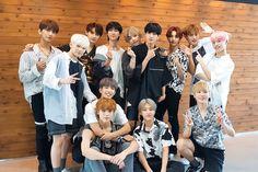 seungkwan // seventeen //on the bed with boo this pic should be illegal Carat Seventeen, Seventeen Jun, Seventeen Album, Mingyu Wonwoo, Seungkwan, Hip Hop, Choi Hansol, Won Woo, Vernon Hansol