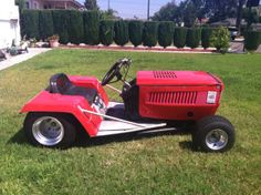 Hot Rod Lawn Mower racer