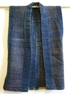indigo cloth - a 'sakiori sodenashi' - from Japan