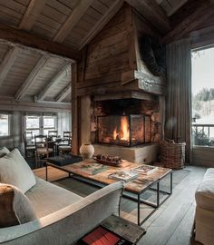 The enchanting Le Chalet Zannier is referred to as a 'love letter written in lumber'. Almost every surface inside the charming, intimate chalet is made of Chalet Design, Cabin Homes, Log Homes, Chalet Interior, Interior Design, Room Interior, Design Case, Cozy House, Beautiful Homes