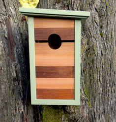 Birdhouse modern craftsman Mind the Gap by twigandtimber on Etsy Birdhouse Post, Birdhouse Craft, Birdhouse Designs, Birdhouse Ideas, Bird House Plans, Bird House Kits, Decorative Bird Houses, Bird Houses Diy, Eclectic Birdhouses