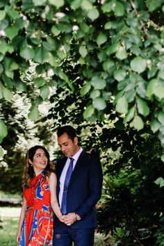 Ali and Sahel celebrated their one year anniversary witр this photoshoot on Lovers Trail at Stanley Park, Vancouver. Stanley Park, Spring Photos, Engagement Photo Inspiration, Anniversary Photos, How To Pose, Engagement Shoots, Couple Photography, Photo Sessions, Anastasia