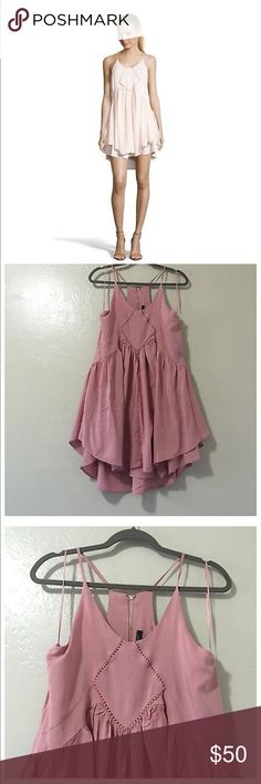 Romeo and Juliet Couture cutaway swing dress NWT in perfect condition Romeo & Juliet Couture Dresses Mini