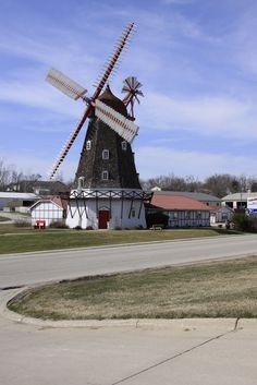 old wind mill homes | ... snapped these pictures of an old windmill and an old settlers home