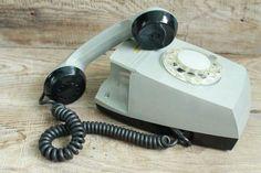 Refurbished Phone Gsm Unlocked #cellphoneaddiction #RefurbishedPhones Cell Phone Addiction, Telephone Exchange, Refurbished Phones, Vintage Cigarette Case, Vintage Phones, Old Phone, New Phones, Vintage Walls, Rotary