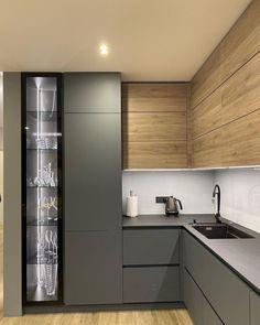 New Kitchen Interior, Kitchen Room Design, Home Room Design, Kitchen Cabinet Design, Modern Kitchen Design, Kitchen Layout, Home Decor Kitchen, Small Modern Kitchens, Kitchen Modular