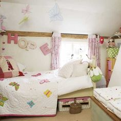 Country child's bedroom