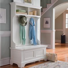 Repurpose the top of our old china cabinet, add a bench, and voila'! Hall tree for the sunroom...