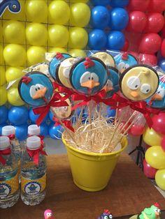 Doces decorados Galinha Pintadinha por MORGANA BOTELHO