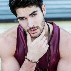 Perfectly ☺ ❤ @nick__bateman @batemanmgmt #nickbateman #hello #good #ontario #hey #love #handsome #uglylove #milesarcher #sexi #malemodel #model #fitness #muscle #hot #boy #hotboy #fashionstyle #hairstyle #cute #smile #happy #perfect #look