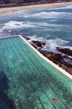 Sydney is ranked No. 1 on the list of Top Cities in Australia - this pool would make early morning training so much more fun!