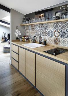 Kitchen Room Design, Kitchen Sets, Modern Kitchen Design, Kitchen Tiles, Home Decor Kitchen, Kitchen Flooring, Kitchen Interior, Home Interior Design, Home Kitchens