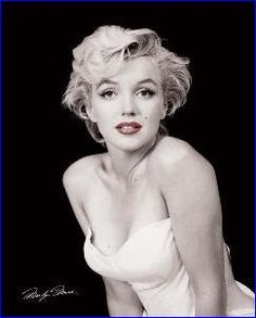 Marilyn Monroe Red Lips | Celebrities | Hardboards | Wall Decor | Plaquemount | Blockmount | Art | Pictures Frames and More | Winnipeg | MB | Canada