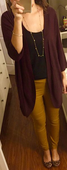 Burgundy and mustard outfit. Love these colors!