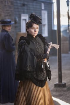 Still of Christina Ricci and Clea DuVall in The Lizzie Borden Chronicles (2015)