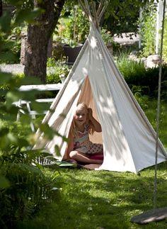 Carhartt WIP x Salewa Tent (Leaf Camou Outdoor) | HHV