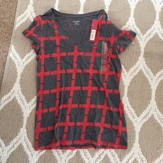 Red/Orange Gray vneck Brand new! Super cute! Pattern is on back too! No trades. Merona Tops Tees - Short Sleeve