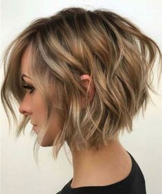 bob hairstyles 10 Balayage Short Hairstyles with Tons of Texture - Short Hair Color Ideas 2020 Find Inverted Bob Hairstyles, Short Bob Haircuts, Haircut Bob, Hairstyles Haircuts, Haircut Short, Popular Hairstyles, Hairstyles Pictures, Lehenga Hairstyles, Bob Hairstyles For Thick Hair