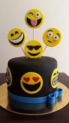 10th Birthday Parties, 8th Birthday, Birthday Cake, Birthday Smiley, Emoji Cake, Diy Cake, Themed Cakes, Party Cakes, Yummy Cakes