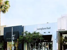 278f8e92df Store Locator - Find The Nearest Sunglass Hut Store   Sunglass Hut